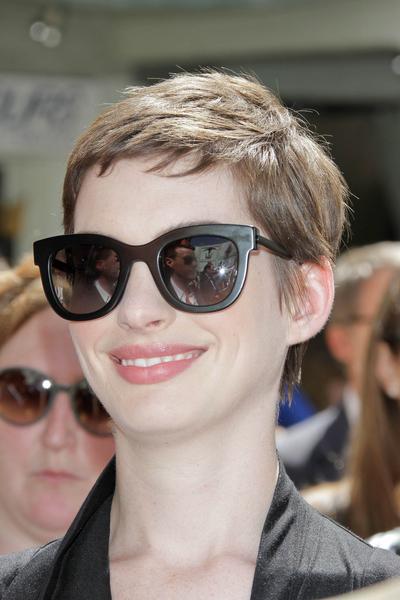 Anne Hathaway w Givenchy (FOTO)