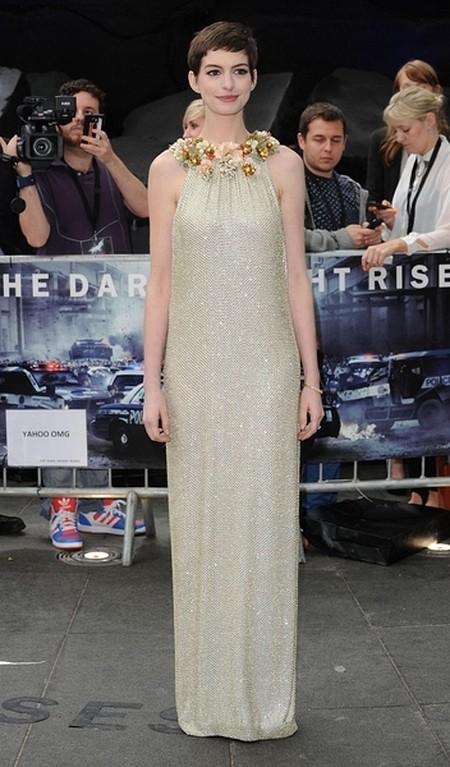 Anne Hathaway w sukni Gucci (FOTO)