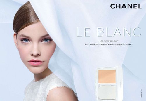 Barbara Palvin dla Chanel Beauty