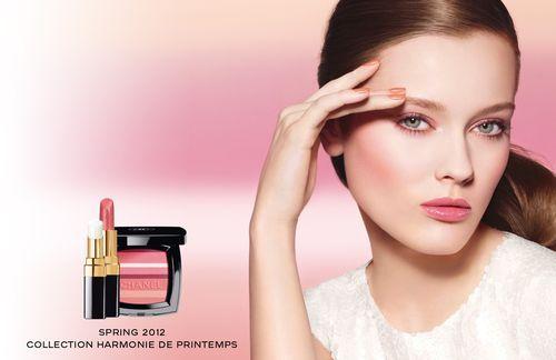 Barbara Palvin dla Chanel Beauty