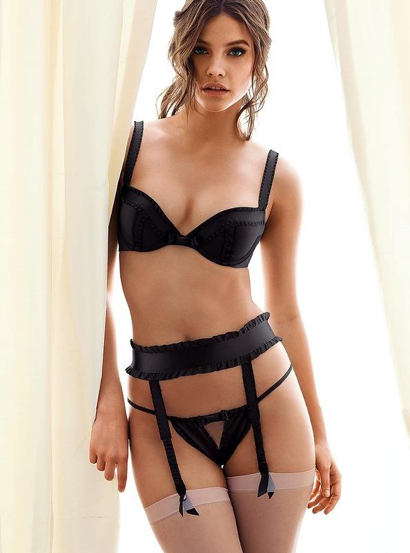 Barbara Palvin po raz kolejny dla Victoria's Secret