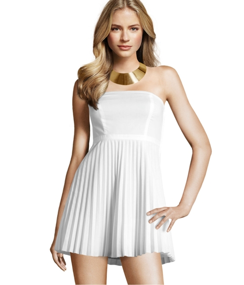 Przegląd białych sukienek (FOTO)