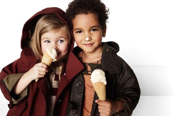 Wiosenno-letnia dziecięca kampania Burberry (FOTO)