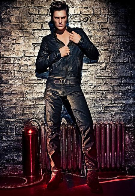 Ostra Lara Stone dla Calvin Klein Jeans (FOTO)