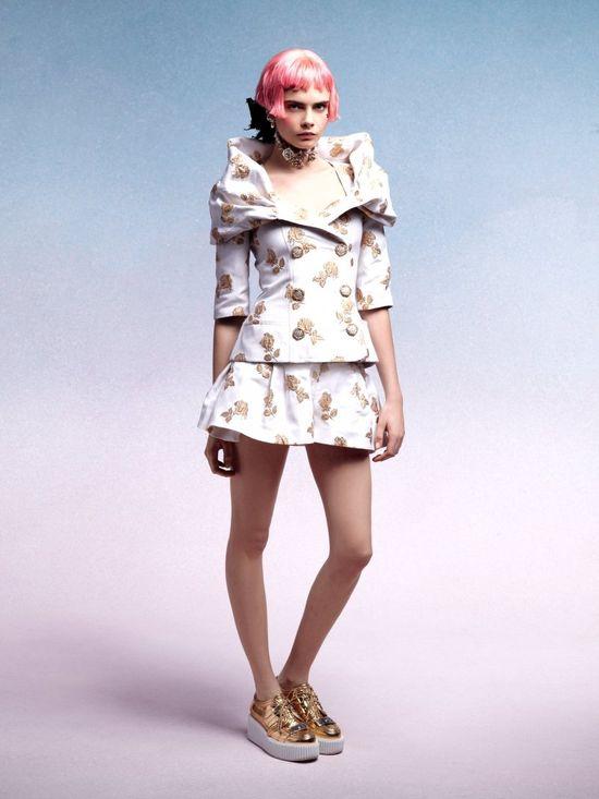 Pastele w kolekcji Chanel Cruise 2013 (FOTO)