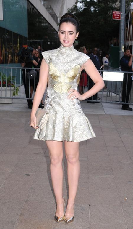 Kreacje na CFDA Awards (FOTO)/Lily Collins