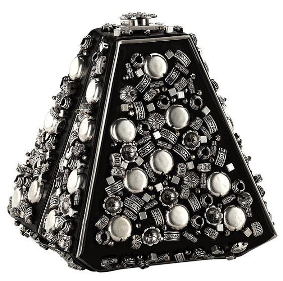 Kopertówki Chanel z kolekcji Pre-Fall 2012