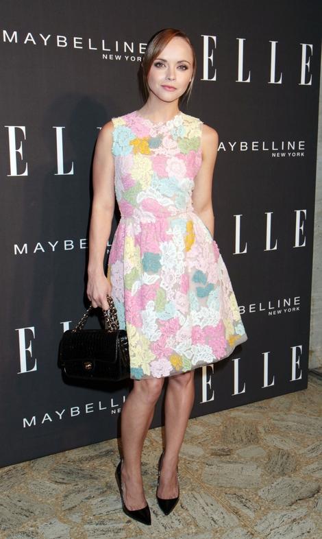 Christina Ricci w sukience w pastelowe kwiaty (FOTO)