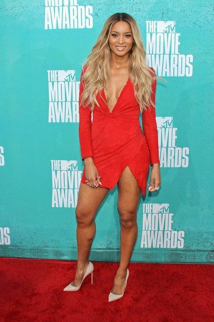 Kreacje na MTV Movie Awards (FOTO)/Ciara