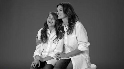 Cindy Crawford w reklamie ze swoją córką!