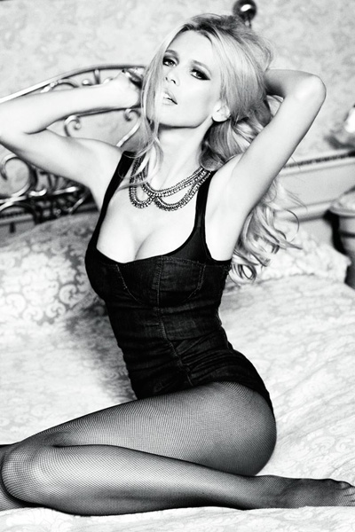 Claudia Schiffer dla Guess - 30 Sexy Years!