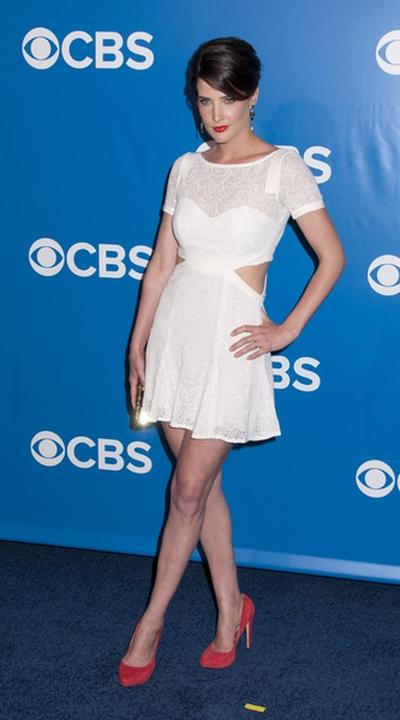Mała biała Cobie Smulders (FOTO)