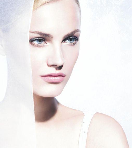 Anna Jagodzińska dla Dior Snow - więcej zdjęć