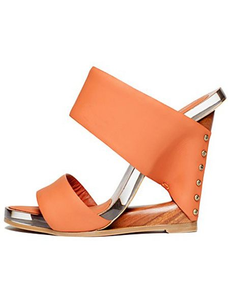 Donna Karan - buty z kolekcji wiosna/lato 2012