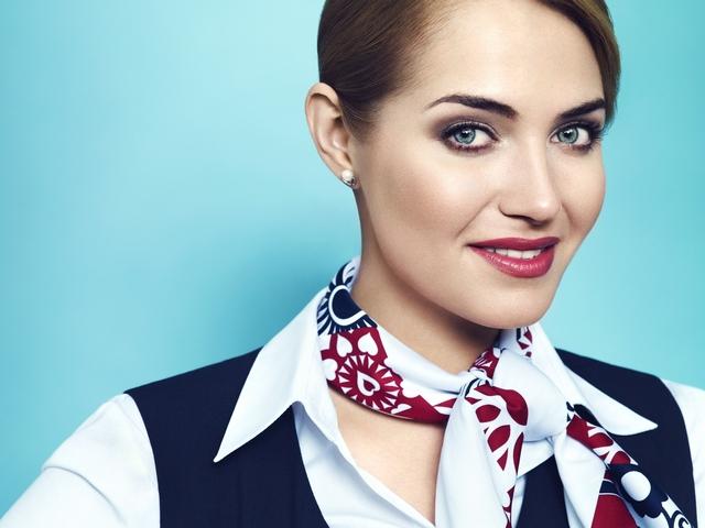 Historyczne stroje polskich stewardess (FOTO)