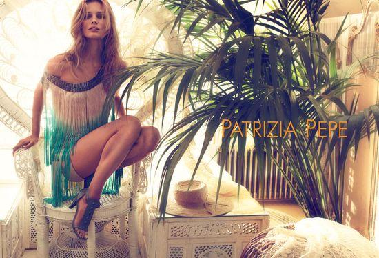 Edita Vilkeviciute w kampanii Patrizia Pepe (FOTO)