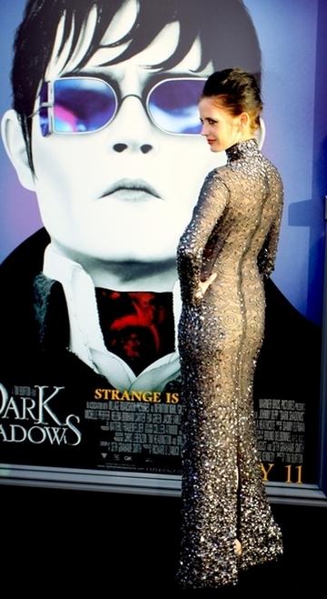 Eva Green na premierze Mrocznych cieni (FOTO)