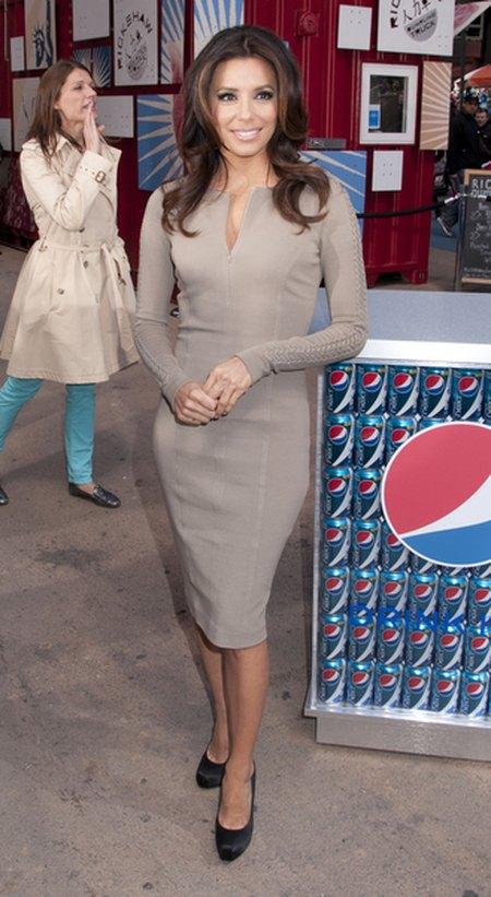 Eva Longoria nową twarzą Pepsi