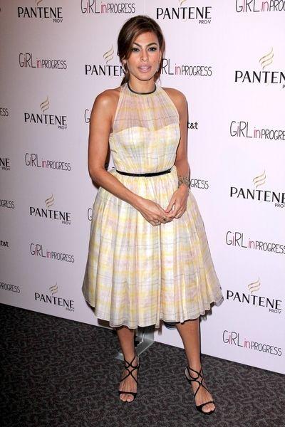 Eva Mendes w sukience marki Honor (FOTO)