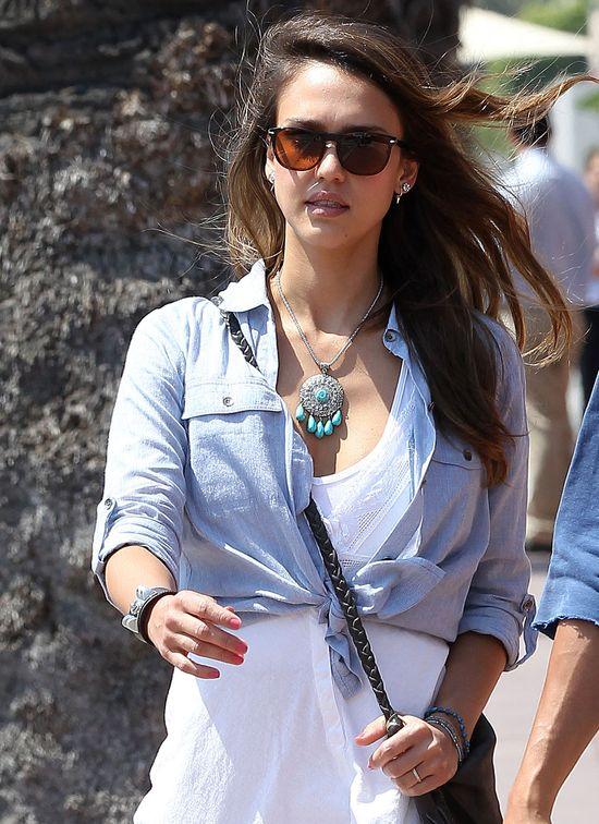 Jessica Alba w letnim wydaniu (FOTO)