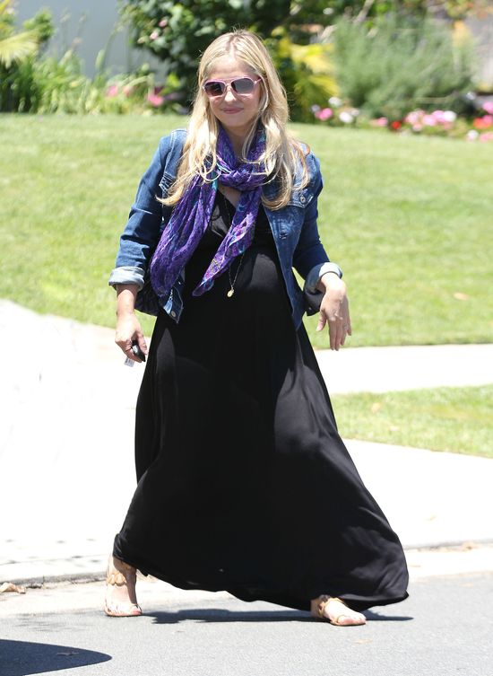 Ciążowa stylizacja Sarah Michelle Gellar