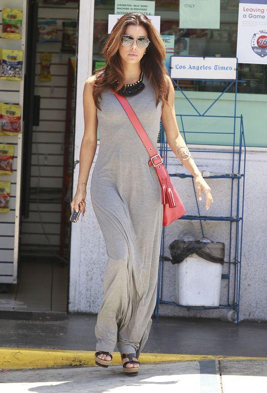 Eva Longoria w dresowej sukience (FOTO)