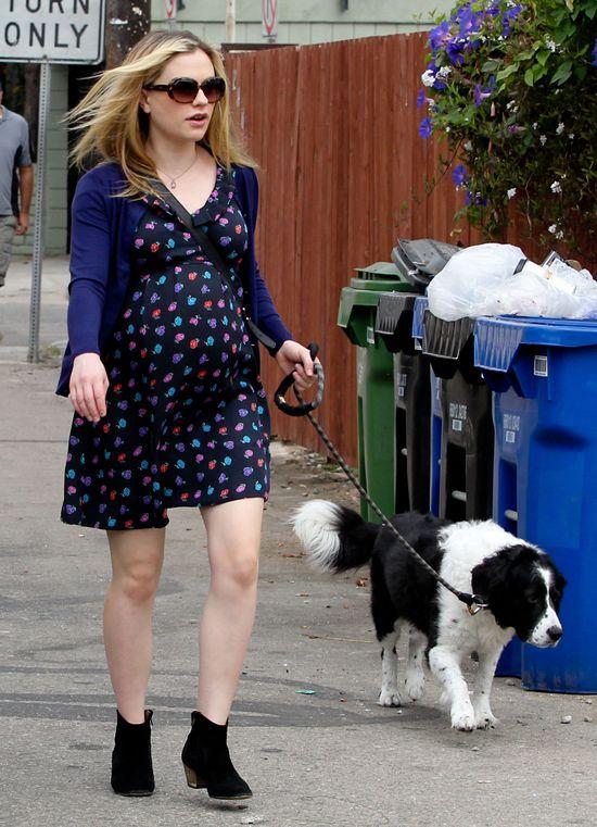 Ciążowa stylizacja Anna Paquin (FOTO)