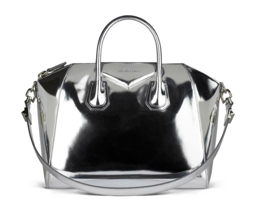 Lustrzane torebki do Givenchy (FOTO)