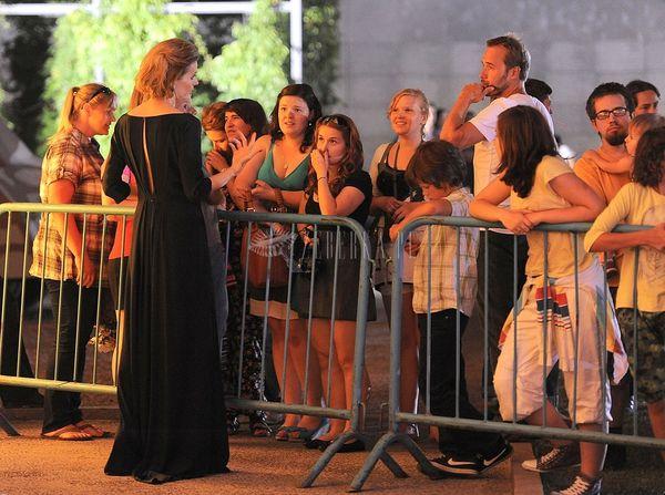 Halinka Młynkowa w eleganckiej granatowej sukni (FOTO)