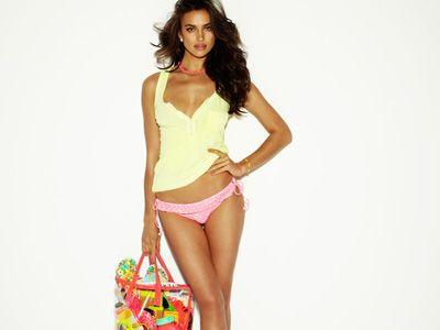 Irina Shayk dla Blanco Beachwear (FOTO)