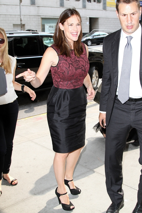 Jennifer Garner w sukience Jasona Wu (FOTO)