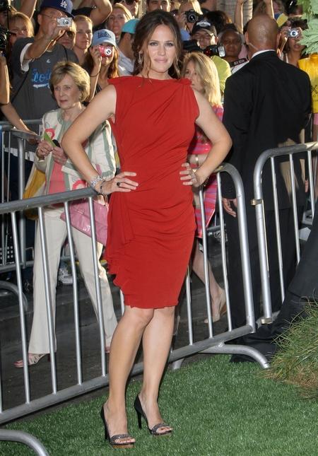 Dwie stylizacje Jennifer Garner (FOTO)