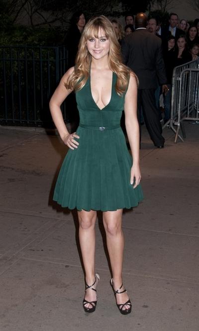 Jennifer Lawrence w sukience Calvina Kleina (FOTO)