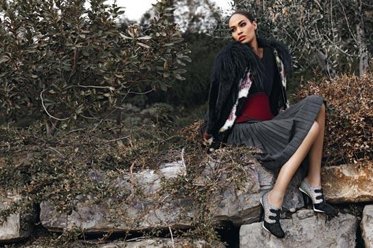 Joan Smalls w kampanii Fendi (FOTO)