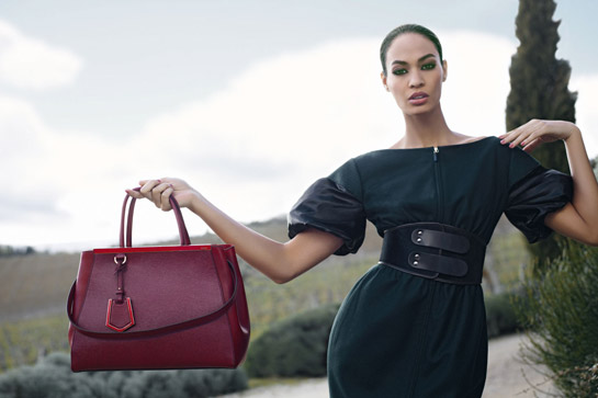 Joan Smalls w kampanii Fendi (FOTO)