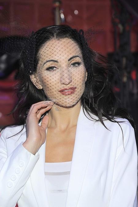 Justyna Steczkowska w białym garniturze (FOTO)