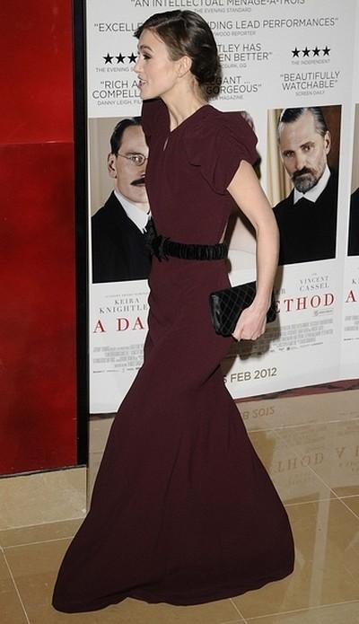 Bordowa elegancja Keiry Knightley (FOTO)