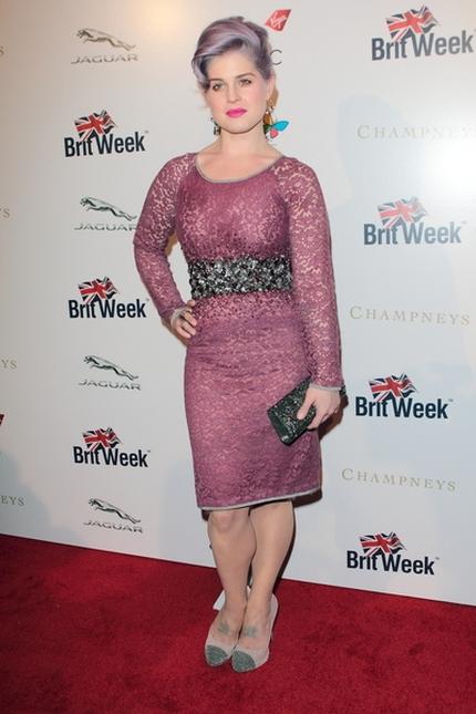 Kelly Osbourne stawia na lila (FOTO)