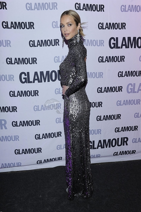 Kreacje gwiazd na gali Kobieta Glamour (FOTO)/Magda Mielcarz