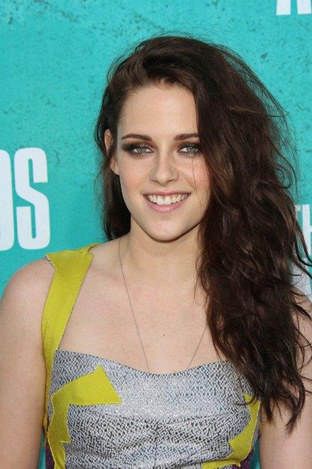 Kreacje na MTV Movie Awards (FOTO)/Kristen Stewart
