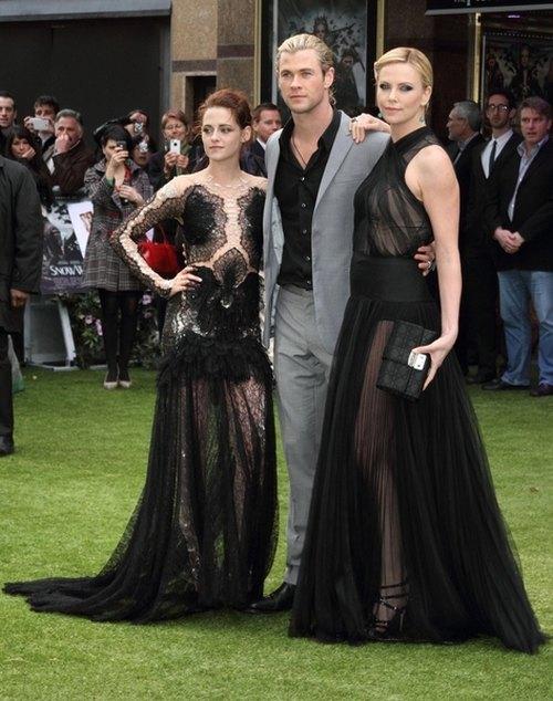 Charlize Theron w sukni Diora (FOTO)