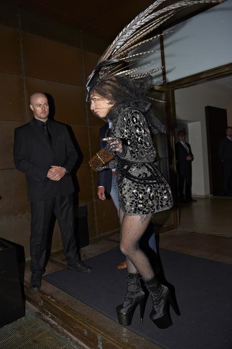Lagy Gaga nadal szokuje strojem (FOTO)