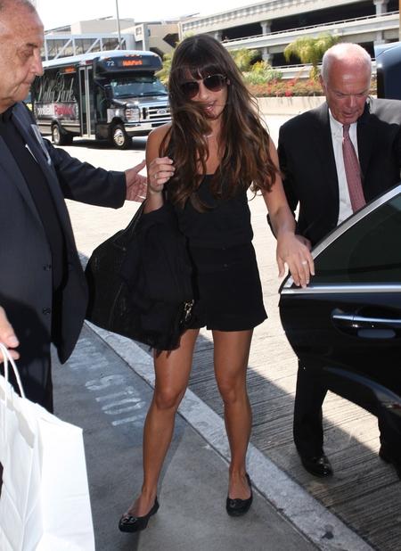 Lea Michele odważnie pokazuje nogi (FOTO)