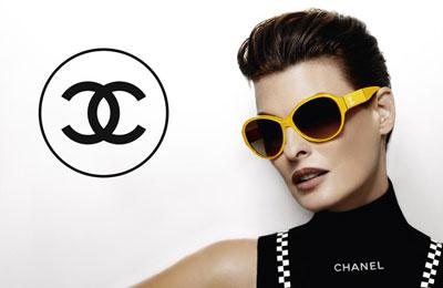 Linda Evangelista dla Chanel Eyewear (FOTO)