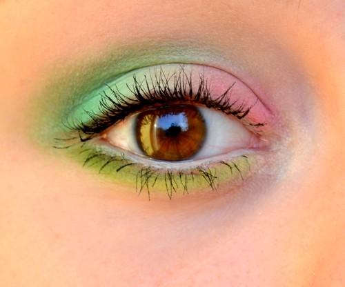 Pastelowy makijaż oczu
