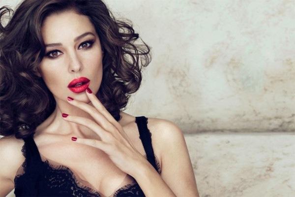 Monica Bellucci dla Dolce & Gabbana Make Up