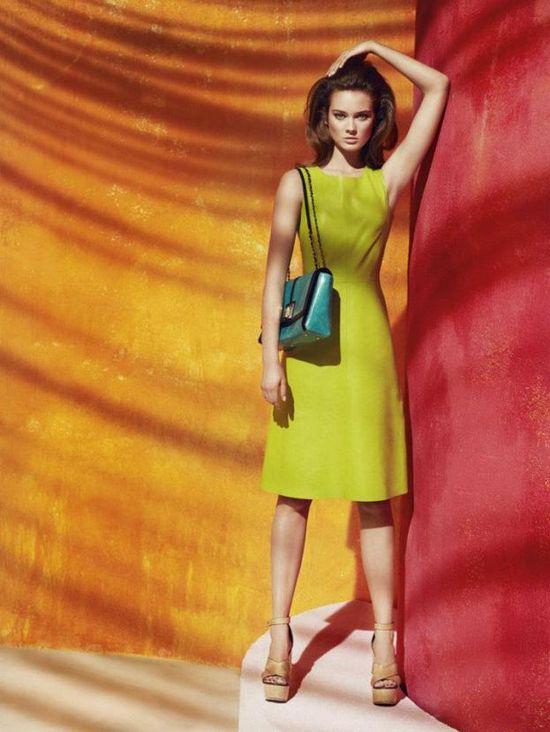 Monika Jagaciak w wiosennej kampanii marki Simple!