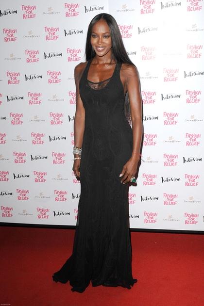 Naomi Campbell w sukni Roberto Cavalli (FOTO)