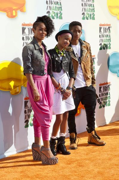 Kreacje na Nickelodeon's Kids' Choice Awards (FOTO)/Jada Pinkett Smith, Willow Smith, Jaden Smith