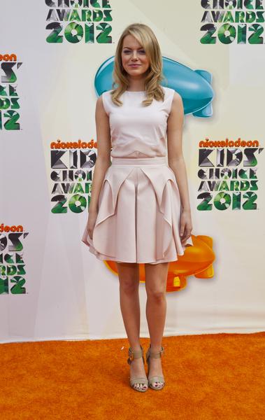 Kreacje na Nickelodeon's Kids' Choice Awards (FOTO)/Emma Stone